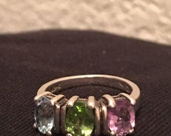 Stirling three stone band ring