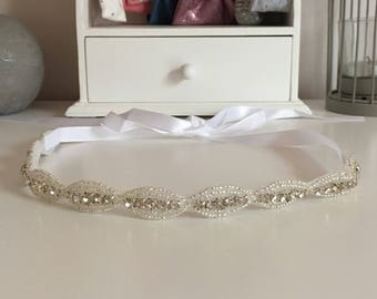 Bride to be knotted headband