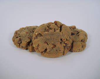 Chocolate Chip Pecan - 12 pack