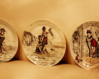 Set of Three French Flapper Boudoir Plates 1920s