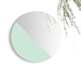 MONØ   Chrome Light Mint
