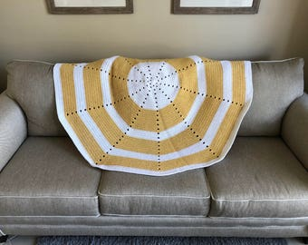 Cornmeal & White Circle Afghan