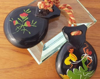 Vintage souvenir Bakelite castanets with hand-painted Flamenco dancers and Roses
