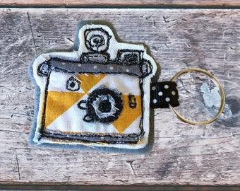 Bespoke vintage camera free motion embroidery keyring
