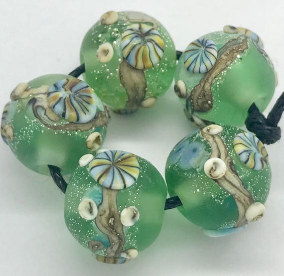 Seaside Rounds Pale Green Glass Beads SRA