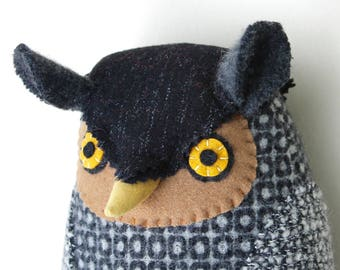 Black and White Owl wool piloow Softie doll plush