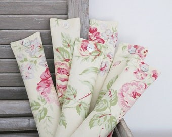 Pink & Green Floral Travel/Pillow Sachet, Fresh Lavender Scent for Sleep and Travel