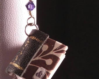 Wee Booklace with Purple Ribbon