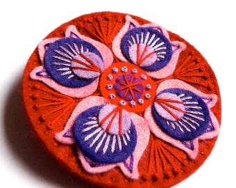 HALF PRICE Summer Sale BROOCH - Marrakech felt brooch pin with freeform embroidery - scandinavian style