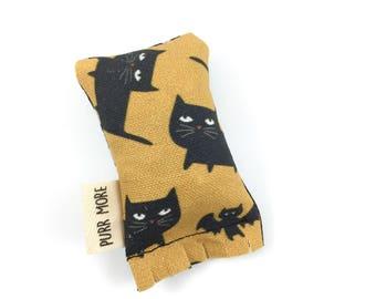 Black Cats Green Bean Organic Eco Friendly Catnip Cat Toy For Mew, Gift For Cat Lover