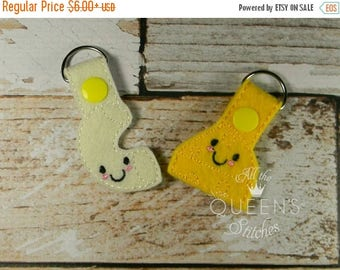 Macaroni and Cheese  Key Fob - BFF Mac and Cheese Keychain for Best Friends