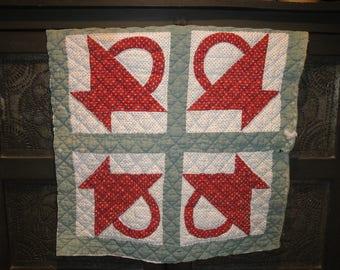 Antique Flower Basket Quilt Piece | Old Quilt Piece | Vintage Quilt Piece | Cutter Quilt Piece | Primitve Quilt Piece | 21 x 21.5