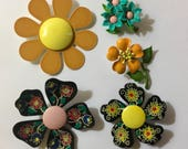 Lot of 5 vintage Retro metal flower pins brooches