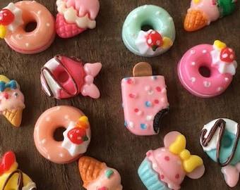 20 Pieces Food Flat Back Cabochons Mixed Doughnut Kawaii Mini Deco Decoden Scrapbook Acrylic Cupcakes Sundaes Resin