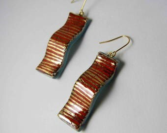 Ceramic earrings, red and gold .