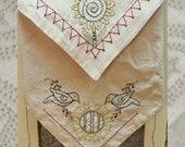 Sunflower Crow  Bread Cloth-Primitive Stitchery  E-PATTERN-Instant Download