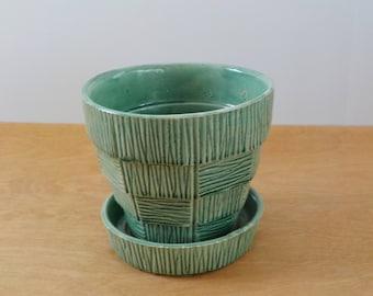 Large Vintage McCoy Flower Pot • Green Basket Weave Flowerpot • Large Vintage McCoy Planter