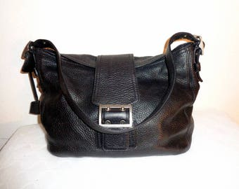 Banana Republic handbag, bucket bag thick buttery soft top quality genuine pebbled leather  vintage w lots of character