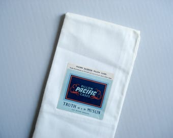 New old stock pillowcase - Pacific brand - cotton