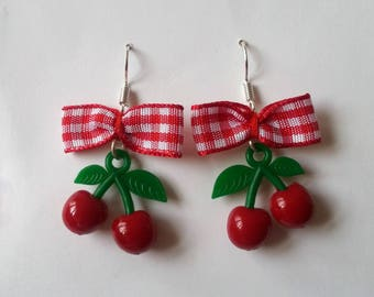♥ ♥ gingham bows and small cherry earrings