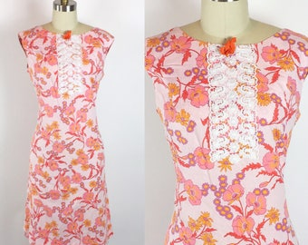 Vintage 1960s Pink Floral Sleeveless Summer Day Shift Dress