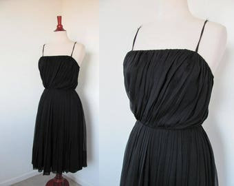 Vintage 1950s Grecian Goddess / Little Black Dress / Cocktail and Party / Hourglass, Wiggle, Bombshell Pinup / Miss Elliette / Small Petite