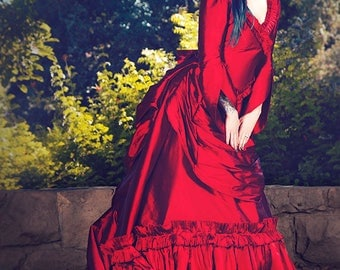 In Stock Sample Sale! Mina Dracula Victorian Bustle Gown Halloween Wedding Gothic Gown Med/Large