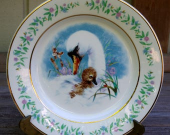 Avon Gentle Moments Swan and Baby Plate Enoch Wedgwood