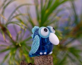 Izzy... lampwork kooky bird bead...... sra
