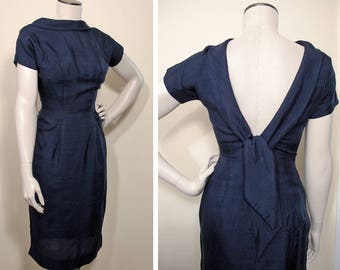1950s Vintage Midnight Blue Silk Cocktail Party Sheath Dress SZ S