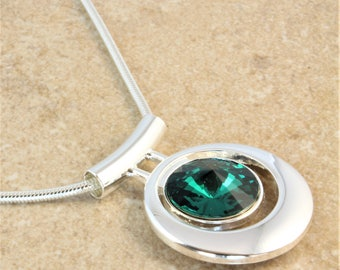 Swarovski Silver Bar Pendant Necklace with Emerald Green Crystal Rivoli on Snake Silver Plated Chain