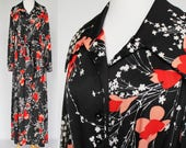 70s Button Bodice Maxi Dress / Polyester Knit / Black & Orange Floral / Long Sleeved Dress / Tie Belt / XXL