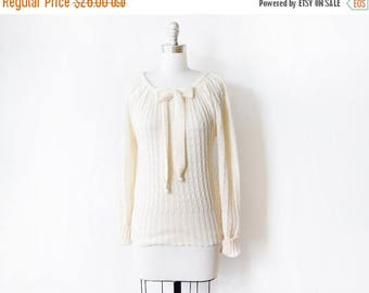 20% OFF SALE vintage cream sweater, 1980s bow sweater, pointelle knit eyelet sweater, medium m