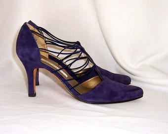 Sz 8.5m Vintage purple suede 1980s Ann Marino women pumps.