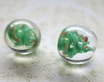 Venetian glass beads green centre round