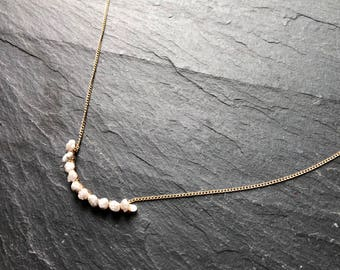 White Diamond Fluid Necklace