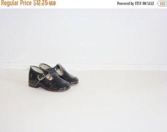 SALE // Vintage Black Patent Shoes