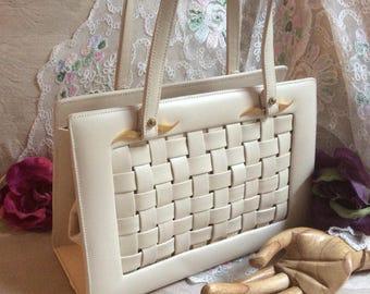 Vintage ivory faux leather boxy Kelly handbag, off white woven leatherette summer purse, IGOR double handles beige Audrey shaped handbag