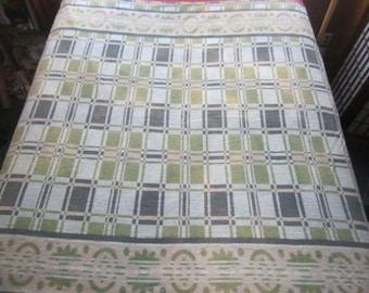 Vintage Beautiful 1930s Art Deco Green Geometric Design 65x71 Camp Blanket