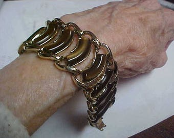 """Vintage signed Coro bracelet with brown lucite centers- 7"""" long"""
