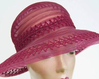 """22"""" - Vintage 1920's Maroon Horsehair Women's Cloche Hat"""