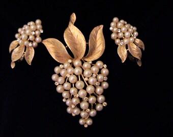 Vintage TRIFARI Pearl and Crystal Rhinestone Grape Brooch and Earrings Set