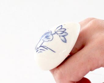 Flower Ring, Ceramic Ring - big ring, fashion ring, oversized ring, ceramic jewelry, statement ring, handmade ring by Studioleanne