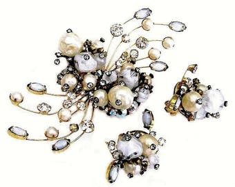 Hattie Carnegie Pearls and Rhinestone Demi Parure