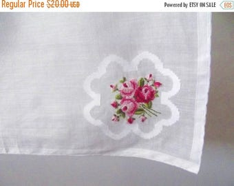 50% OFF EVERYTHING Incredibly Delicate Vintage 1950s 1960s Pink Raspberry Green White Rose Petit Point Lace Edged Hankie Handkerchief Hanky