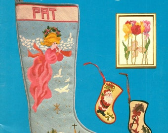 Deux Amia Favorite Designs 1 Christmas Stockings Santa Claus Hobby Horse Tulips Ducks Counted Cross Stitch Embroidery Craft Pattern Leaflet
