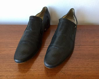Black Leather Men's Dress Shoes Size 42.5 / Perforated Genuine Leather Slip Ons Made in Italy / Pointed Toe Loafer Oxford Style Shoes