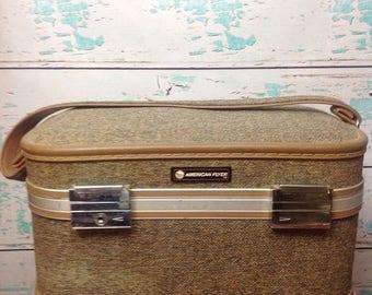 SALE Vtg Vintage 50s 60s brown tweed American Flyer travel carrying bag train case vanity makeup bag suitcase luggage Paisley 1950s 1960s
