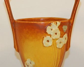 Roseville Pottery Primrose Tan Basket 341-10