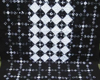 Black and White Nine Patch Throw Quilt